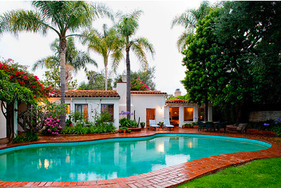 Marilyn Monroe's Brentwood House pool view